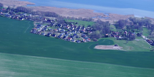 Luftbild vom Bauland und Klausdorf